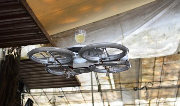 drone-garçom